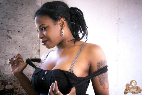 Sindel… earthSista in studio raw